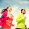 Sport et compléments alimentaires : quelle importance pour des cheveux sains et beaux ?